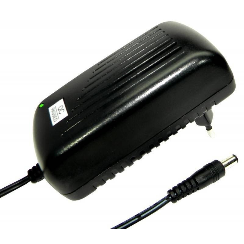 Alimentador 12V 5A DCU 37301205 conmutado