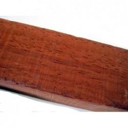 Trozo de madera Palo Rojo 525X35X25mm en bruto